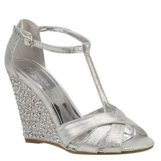 Kenneth Cole Sparkle Dove Silver Womens Wedges Size 10 M
