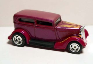 Hot Wheels 2010 Larrys Garage 29 34 Ford Sedan Purple w RRPRFs Loose