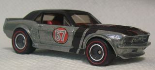 Hot Wheels 67 FORD MUSTANG GT   HW Garage Ford Cars Diecast Rubber