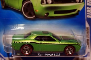 09 Hot Wheels Muscle Mania 86 08 Dodge Challenger SRT8