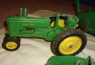 Lot of 7 Vintage John Deere Ertl Diecast Farm Equip Vehicles Tractor
