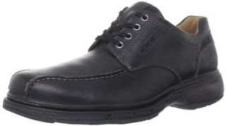 Clarks Mens Run Oxford Shoes