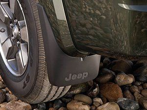 Jeep Liberty Front Deluxe Molded Splash Guards